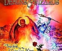"""DEMONS & WIZARDS """"Touched By The Crimson King"""" – arba kaip laisvalaikį leidžia žvaigždės"""