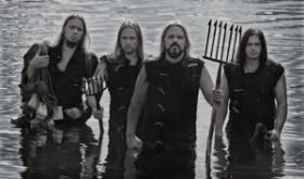 Interviu su ryškiausia Estijos metalo grupe METSATÖLL