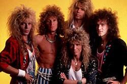 WHITESNAKE – dėmesio verti hard rock veteranai