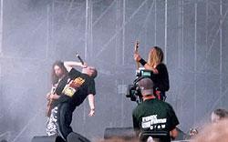 WACKEN OPEN AIR 2003 (4): brutalumas, legendos, melodijos ir monstrų šou antrąją dieną