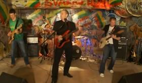 Grupės SVARAS 409 Himno kovotojams vaizdo klipas