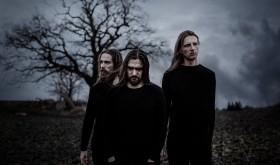 """JUODVARNIS pristatė trečią singlą iš būsimo albumo """"Nerimo dienos"""""""